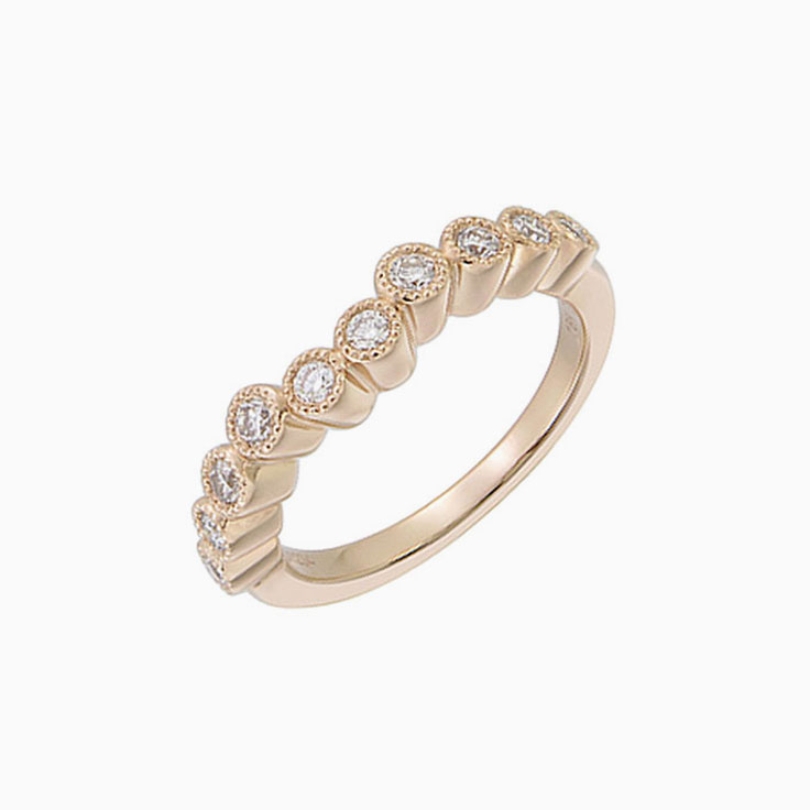 Curved Wedding ring with Miligrain