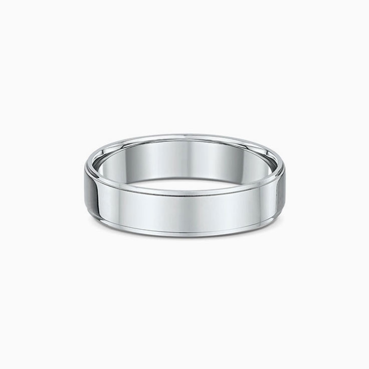 Classic step edges Wedding Ring