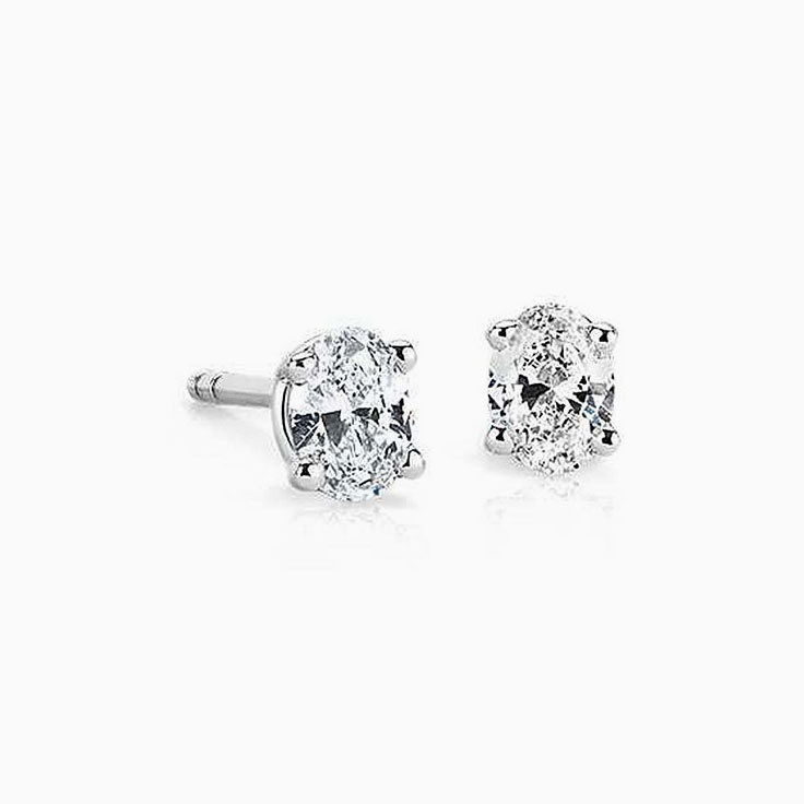 1ct Oval diamond studs