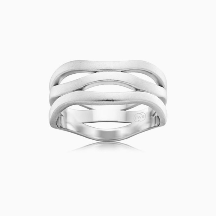 Ladies plain wave ring WR3218