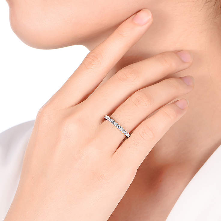 4 Point Diamond Wedding Band