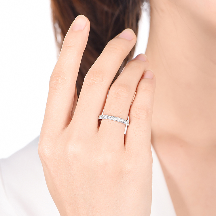 6PT Diamond Ring