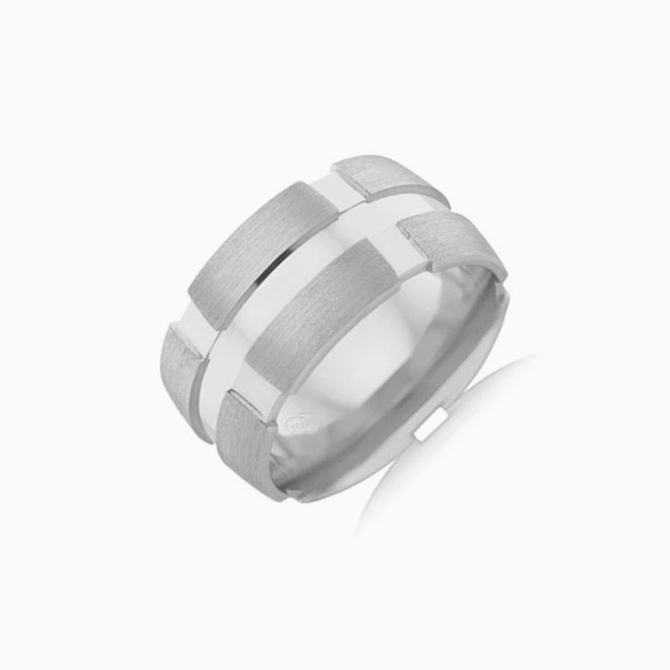 Centre Grooved Mens Ring B4309