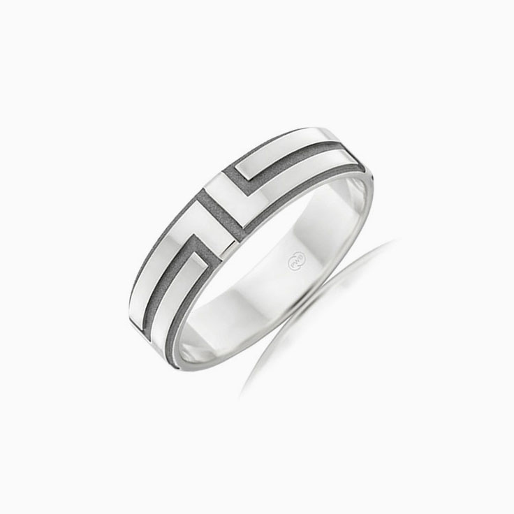 Carved mens wedding ring F2762